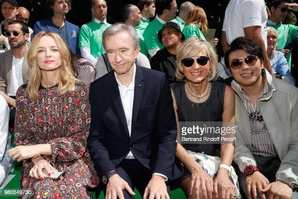 Louis Vuitton's executive vice president Delphine Arnault Owner of LVMH Luxury Group Bernard Arnault Helene Arnault and pianist Lang Lang attend the...