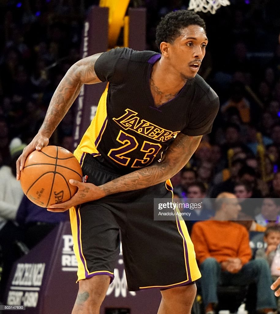 Lakers vs 76ers: NBA : News Photo