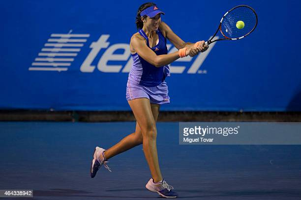 Louisa Chirico of US returns the ball during a female single match against Mariana Duque-Mari–o of Colombia as part of Telcel Mexican Open 2015 day...