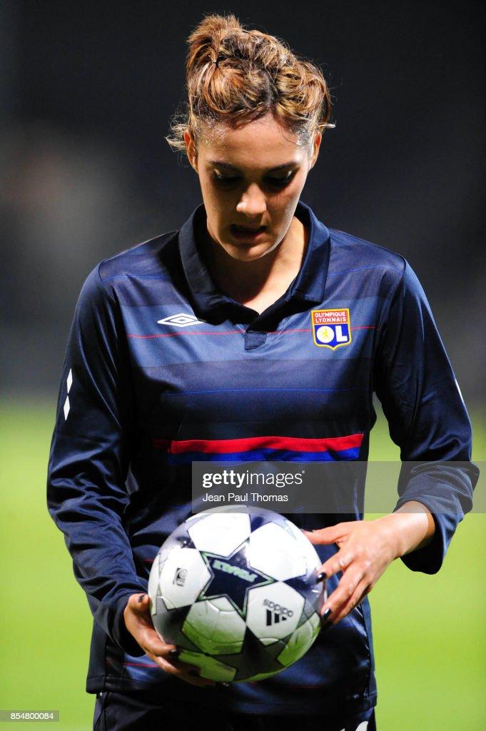 239fc30b21d Louisa NECIB - 12.11.2009 - Lyon / Fortuna Hjorring - 8eme de Finale de