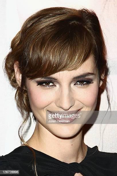 Louise Bourgoin attends 'Un Heureux Evenement' Paris premiere at UGC Cine Cite Bercy on September 26, 2011 in Paris, France.
