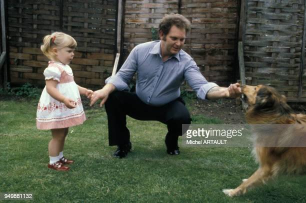 Louise Brown 1er bébé éprouvette en famille chez elle en 1981 RoyaumeUni