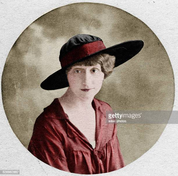 Louise de ColignyCh��tillon called Lou muse of Guillaume Apollinaire In 1914 Coloured photograph