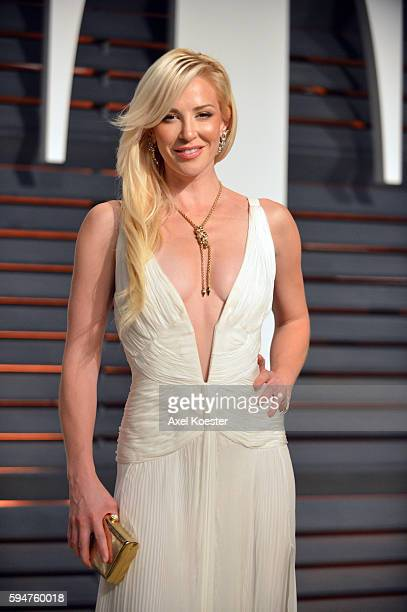 Louise Linton further Brazil Stars Willian Kaka Oscar Meet Training Sao Paulo Gear 2018 World Cup Qualifier Against Argentina Neymar Dani Alves Arrive Hotel in addition L Estime De Soi Chez Gestes Professionnels additionally L Haptonomie  me Preparation A L Accouchement 24 Sg Ou 26 Sa moreover Local Marching Band To Represent California At The Nations Capital. on oscar preparations