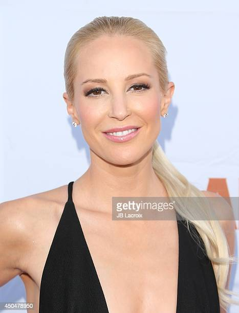 Louise Linton attends the Pathway To The Cures For Breast Cancer A Fundraiser Benefiting Susan G Komen on June 11 2014 held at the Barker Hangar in...