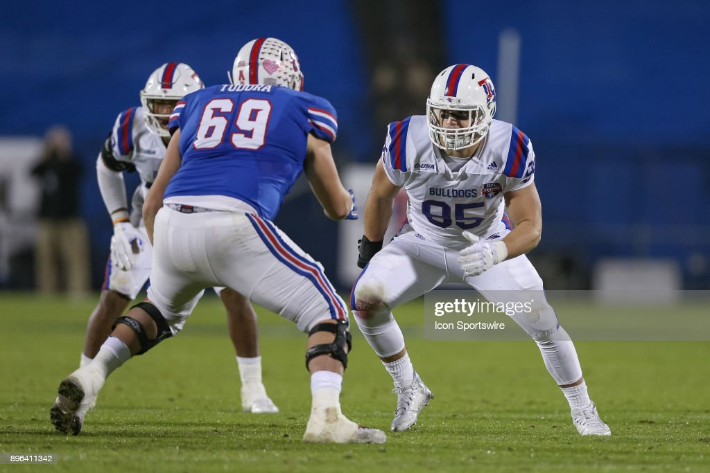 Louisiana Tech Bulldogs defensive end Matthew Ydarraga (95) works against Southern Methodist Mustangs offensive lineman Jacob Todora (69) during the DXL Frisco Bowl game between the Louisiana Tech Bulldogs and SMU Mustangs on December 20, 2017 at Toyota Stadium in Frisco, TX.