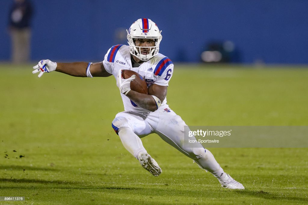 Louisiana Tech Bulldogs running back Boston Scott (6) rushes around the edge during the DXL Frisco Bowl game between the Louisiana Tech Bulldogs and SMU Mustangs on December 20, 2017 at Toyota Stadium in Frisco, TX.