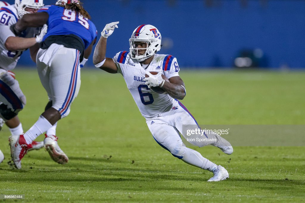 Louisiana Tech Bulldogs running back Boston Scott (6) rushes during the DXL Frisco Bowl game between the Louisiana Tech Bulldogs and SMU Mustangs on December 20, 2017 at Toyota Stadium in Frisco, TX.
