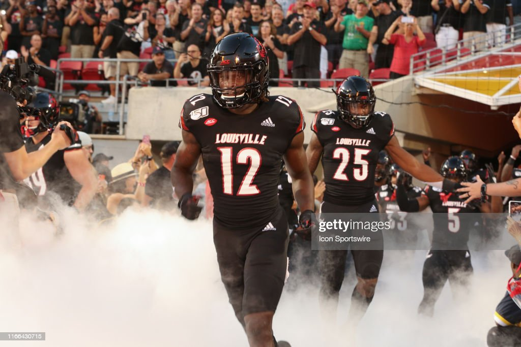 COLLEGE FOOTBALL: SEP 02 Notre Dame at Louisville : News Photo