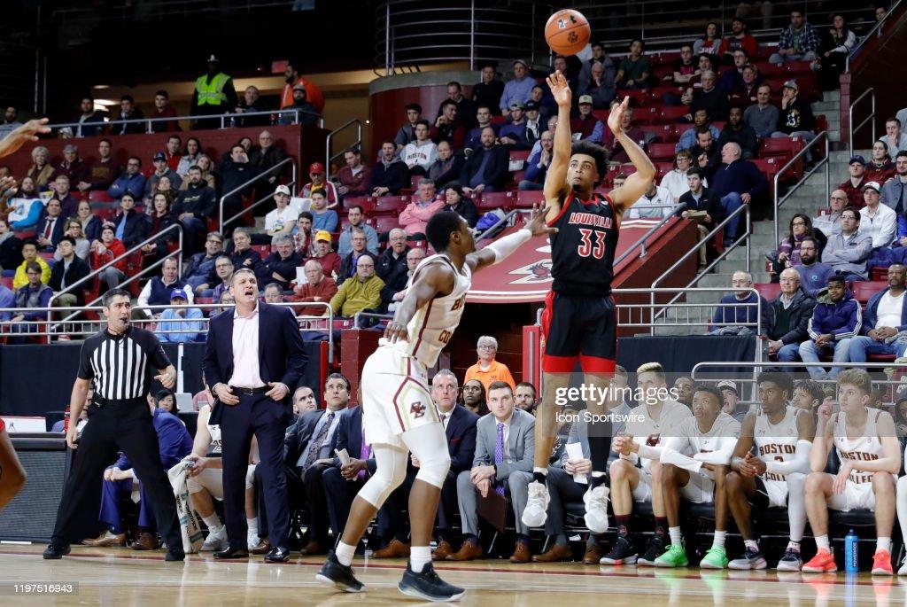 COLLEGE BASKETBALL: JAN 29 Louisville at Boston College : News Photo