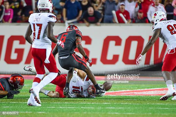 Louisville Cardinals tight end Cole Hikutini fumbles at the end of the play and it's recovered by Houston for the second turnover of the first half...