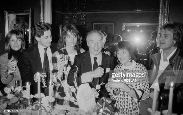 Loulou Gasté fête son anniversaire entouré de Nicolas Sarkozy et son épouse MarieDominique Claude Chirac Nicole Calfan et François Valéry le 18 mars...