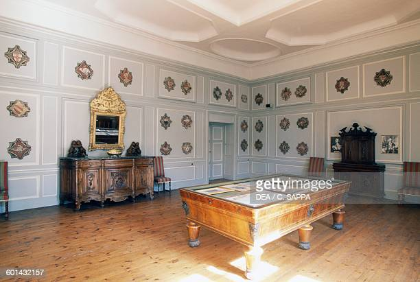 Lounge with pool table Chateau de Ravel Auvergne France