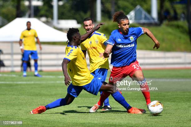 Lounseny Kalissa of S.S. Tre Fiori F.C. And Bastien Héry of Linfield FC in action during the UEFA Champions League 2020/21 Preliminary Round...