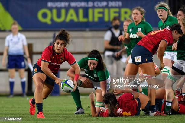 Lourdes Alameda of Spain in action during the Rugby World Cup 2021 Europe Qualifying match between Spain and Ireland at Stadio Sergio Lanfranchi on...