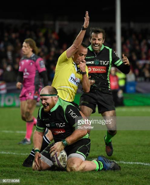 Lourens Adriaanse of Paloise celebrates after scoring his try during the European Rugby Challenge Cup match between Gloucester and Section Paloise at...