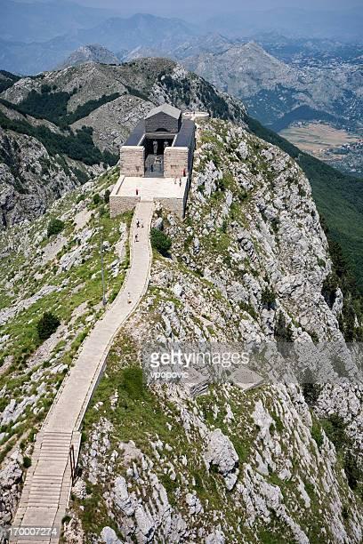 lovcen mausoleum, montenegro (luftaufnahme) - mausoleum stock-fotos und bilder