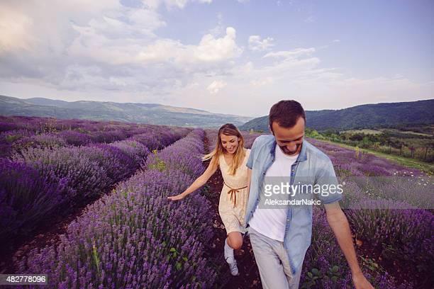 amor y felicidad - provenza alpes costa azul fotografías e imágenes de stock