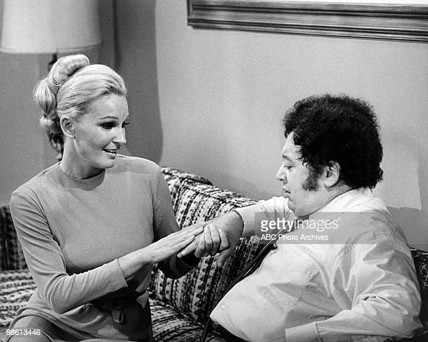 STYLE Love and the Athlete Airdate on December 1 1969 PAMELA