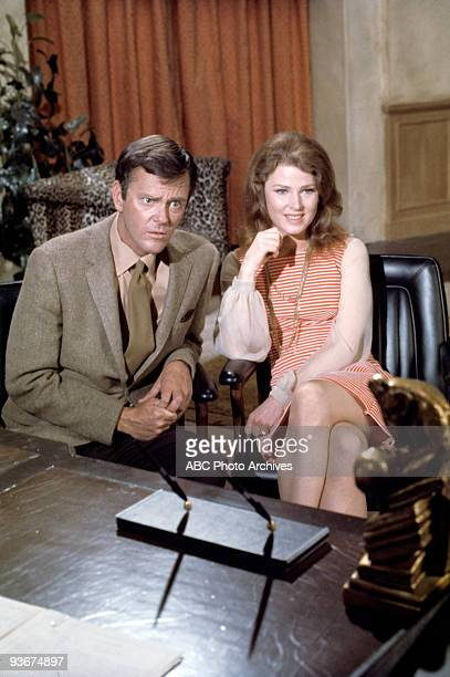 STYLE Love and the Fighting Couple Season One 1/5/70 Dick Sargent and Mariette Hartley starred as a married couple whose recipe for married bliss was...