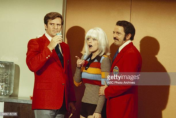 STYLE Love and the Happy Days/Love and the News Casters Aidate February 25 1972 KENNETH