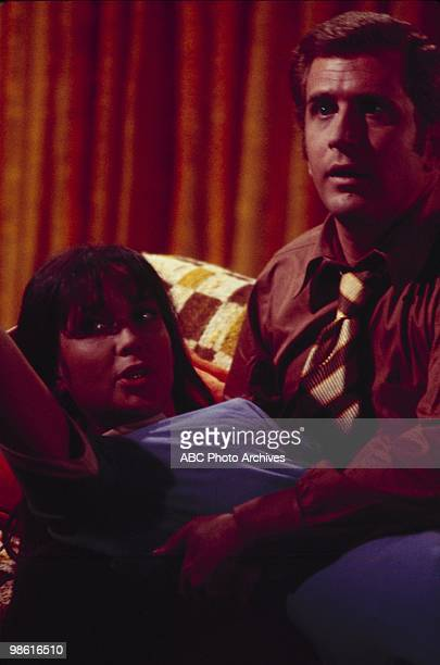 STYLE 'Love and the Roommate' Airdate on November 17 1969 ANJANETTE