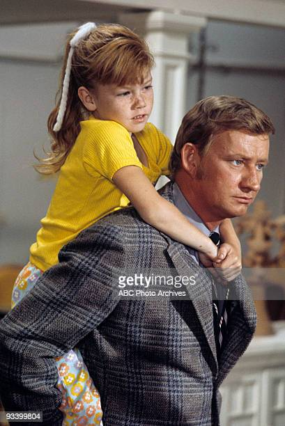 FAMILY Love at First Slight 10/30/70 Suzanne Crough Dave Madden