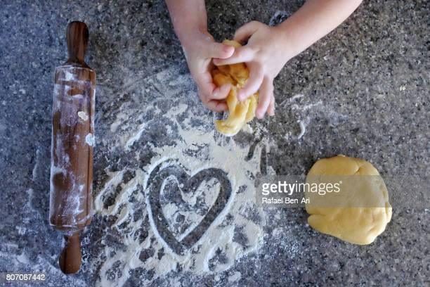 i love cooking and baking - rafael ben ari stockfoto's en -beelden