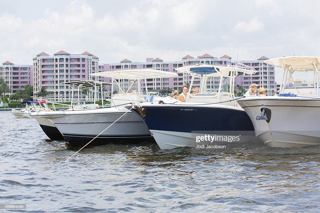 Love Local:  Boating on the ocean : Stock Photo