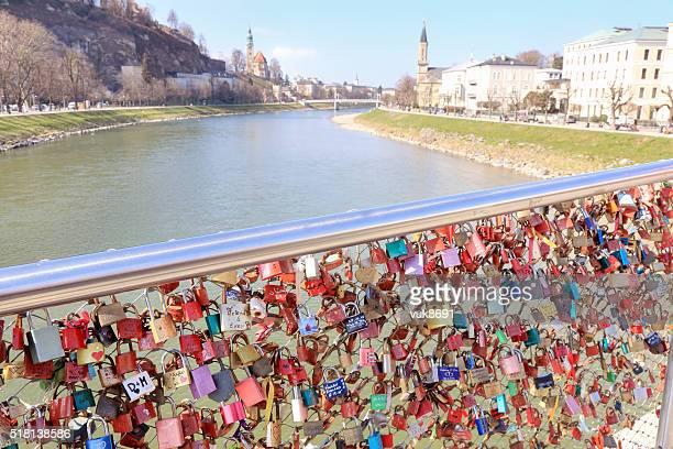 Love auf der Brücke