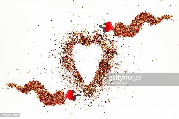 love red chili pepper. - pimenta em pó - fotografias e filmes do acervo