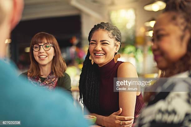 i love spending time with people who makes me happy - personas sin dientes fotografías e imágenes de stock