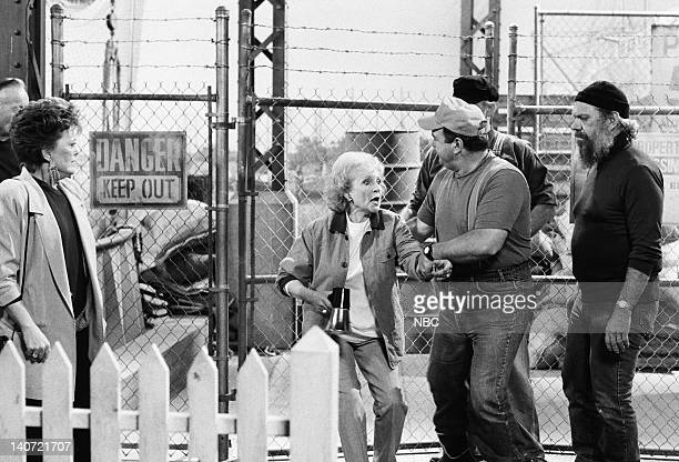 GIRLS Love Under the Big Top Episode 5 Pictured Rue McClanahan as Blanche Devereaux Betty White as Rose Nylund Photo by Jean Krettler/NBCU Photo Bank