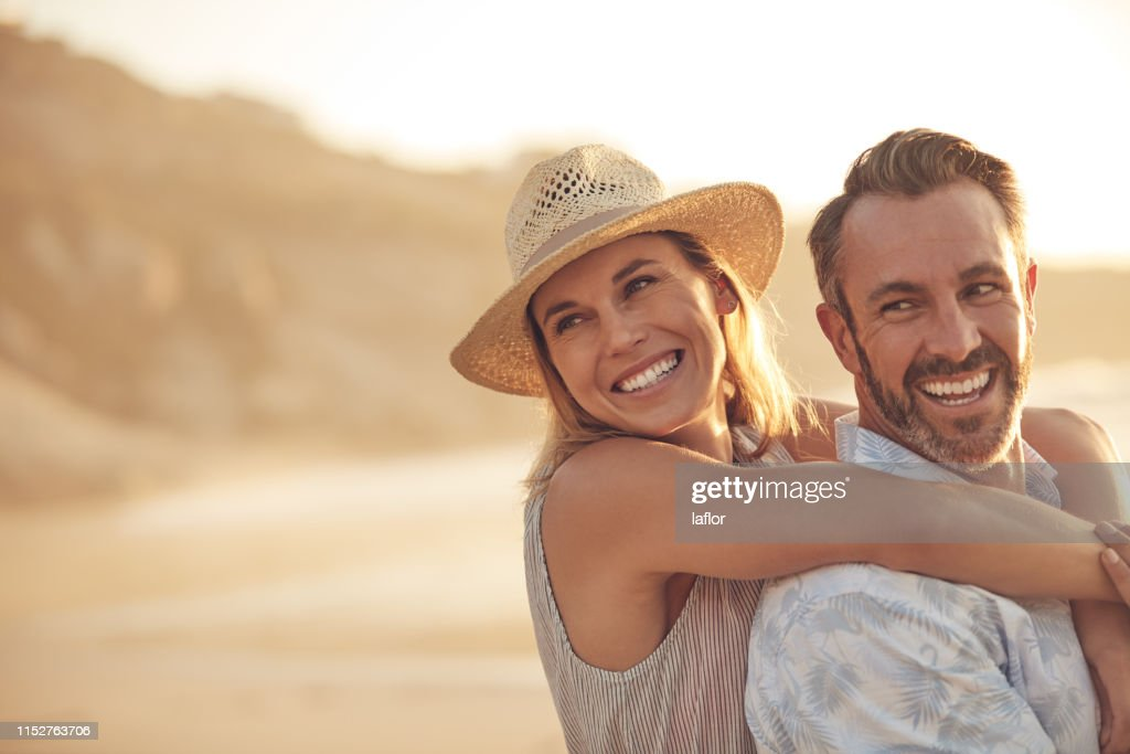 Love will make you happier than you've ever been : Stock Photo