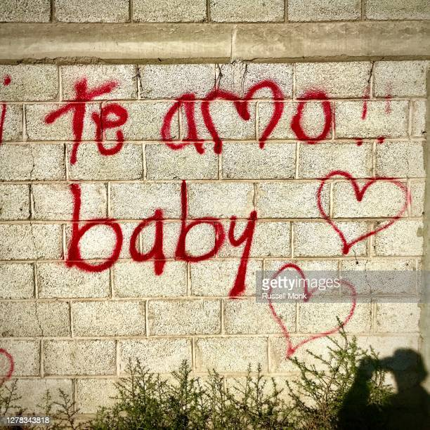 i love you baby - i love you photos et images de collection