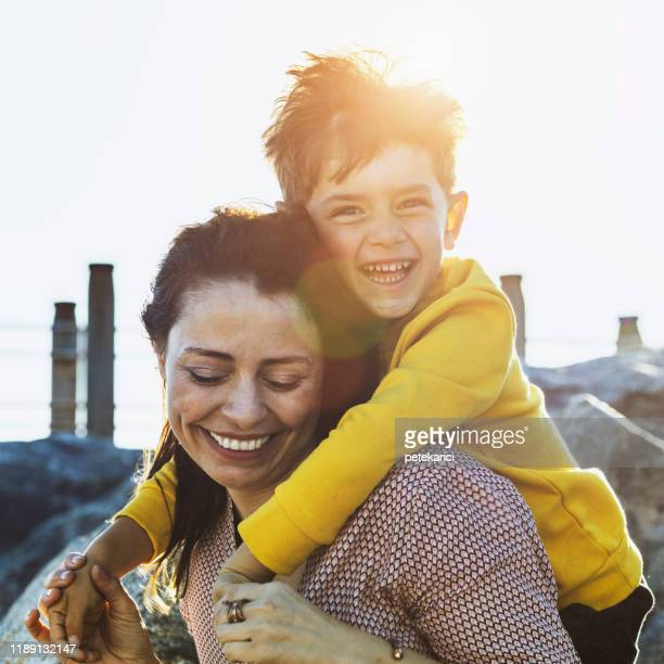 i love you mommy - spring stock pictures, royalty-free photos & images