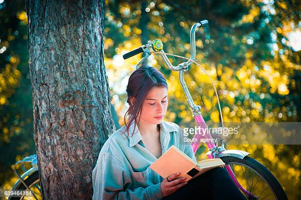 Lovely day for reading in park