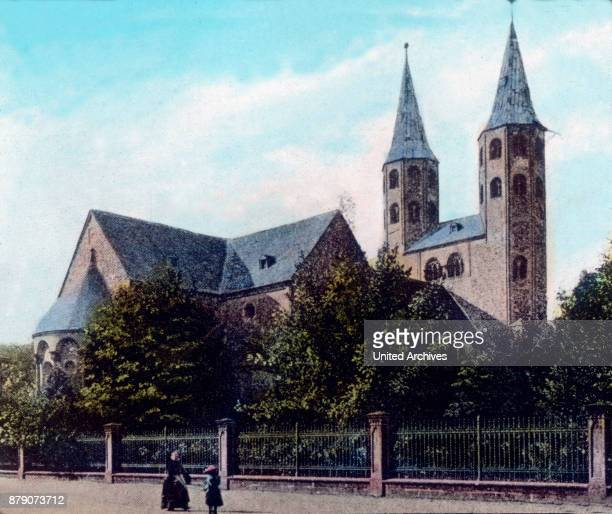 A lovely picture unfolds when the station goes up in Goslar road that leads to the embedded in beautiful gardens monastery Neuwerk This plant is so...