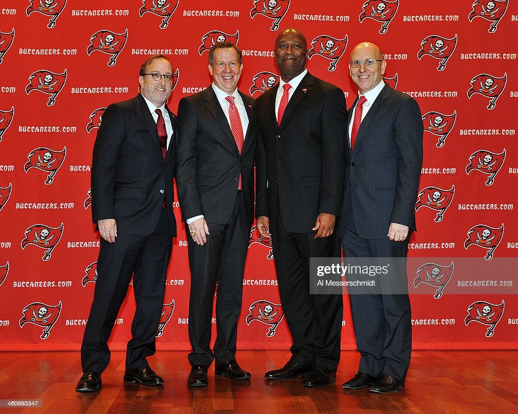 Tampa Bay Buccaneers introduce Lovie Smith : News Photo