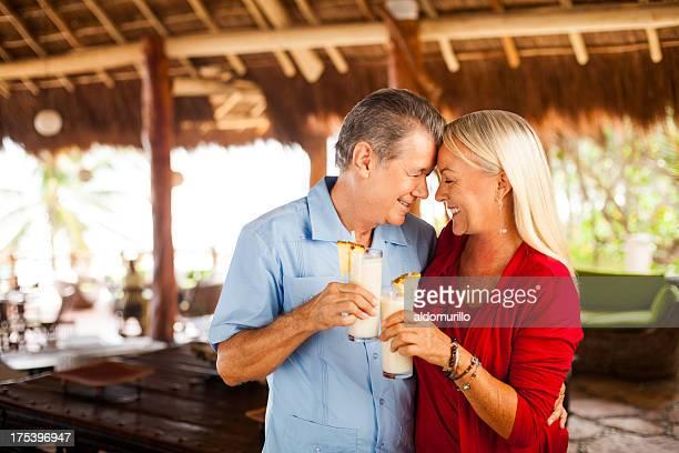 年配のカップルで楽しむバケーション