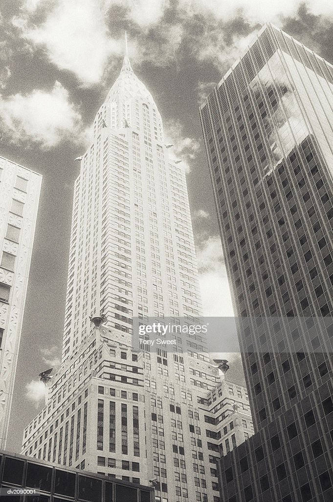 Low Angle Shot of the Chrysler Building : Stock Photo