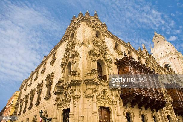low angle view of a building, archbishop's palace, lima cathedral, lima, peru - lima região de lima - fotografias e filmes do acervo