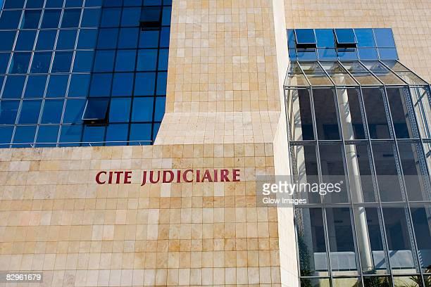low angle view of a building, cite judiciaire, le mans, france - gerechtigkeit stock-fotos und bilder