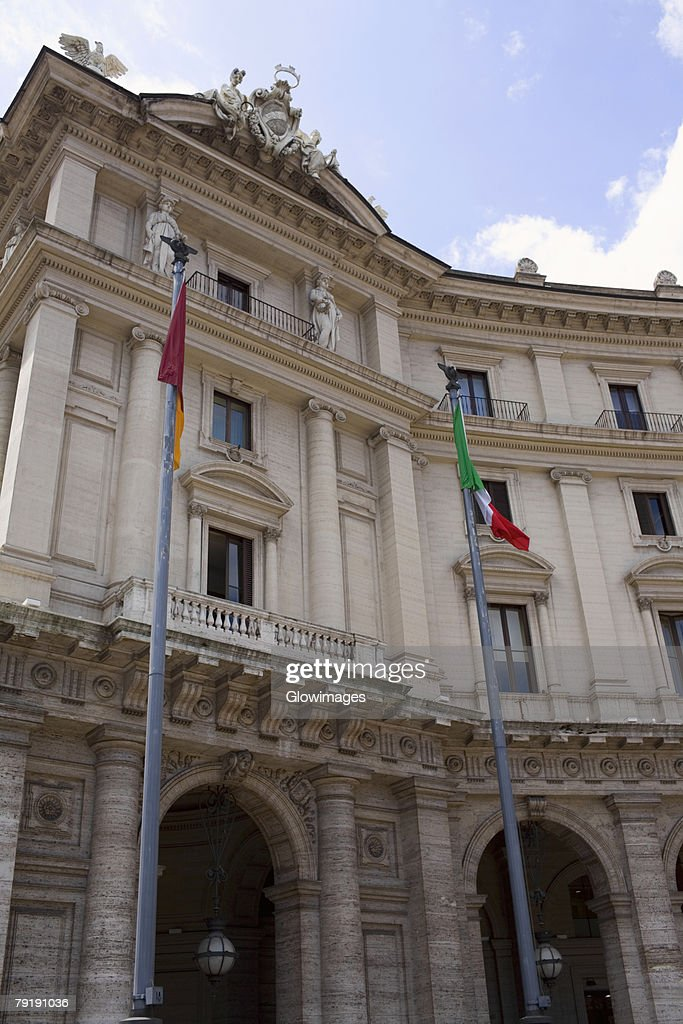 Low angle view of a building, Piazza della Repubblica, Rome, Italy : Foto de stock