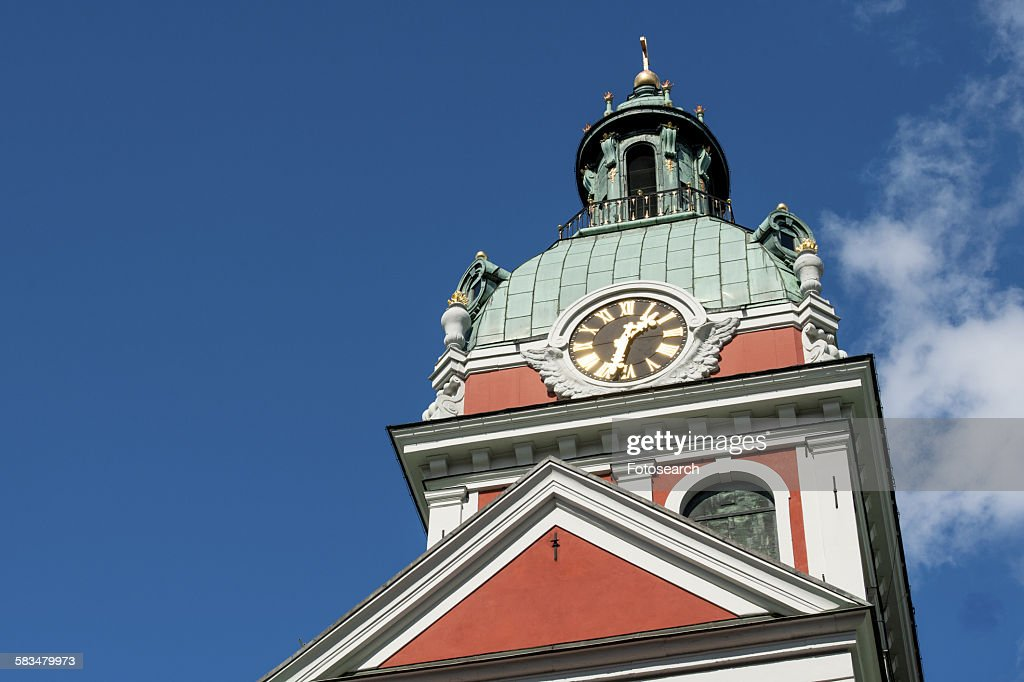 Low angle view of a clock tower : Stock Photo