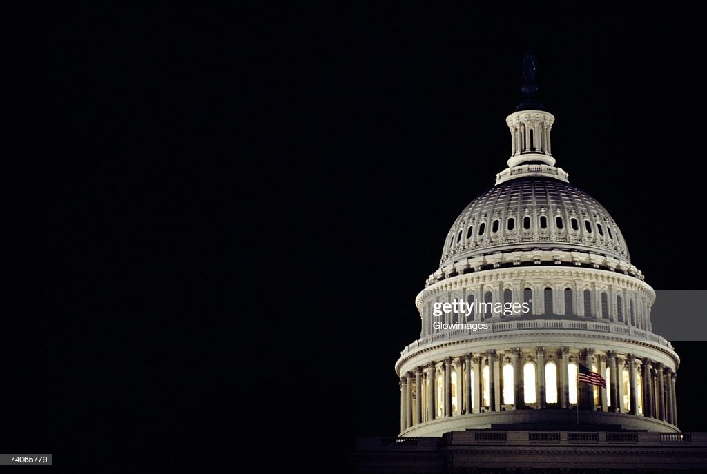 Low angle view of a dome, Capitol Building, Washington DC, USA : ストックフォト