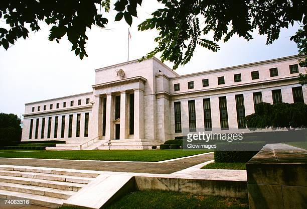 low angle view of a government building, federal reserve building, washington dc, usa - central bank stock pictures, royalty-free photos & images