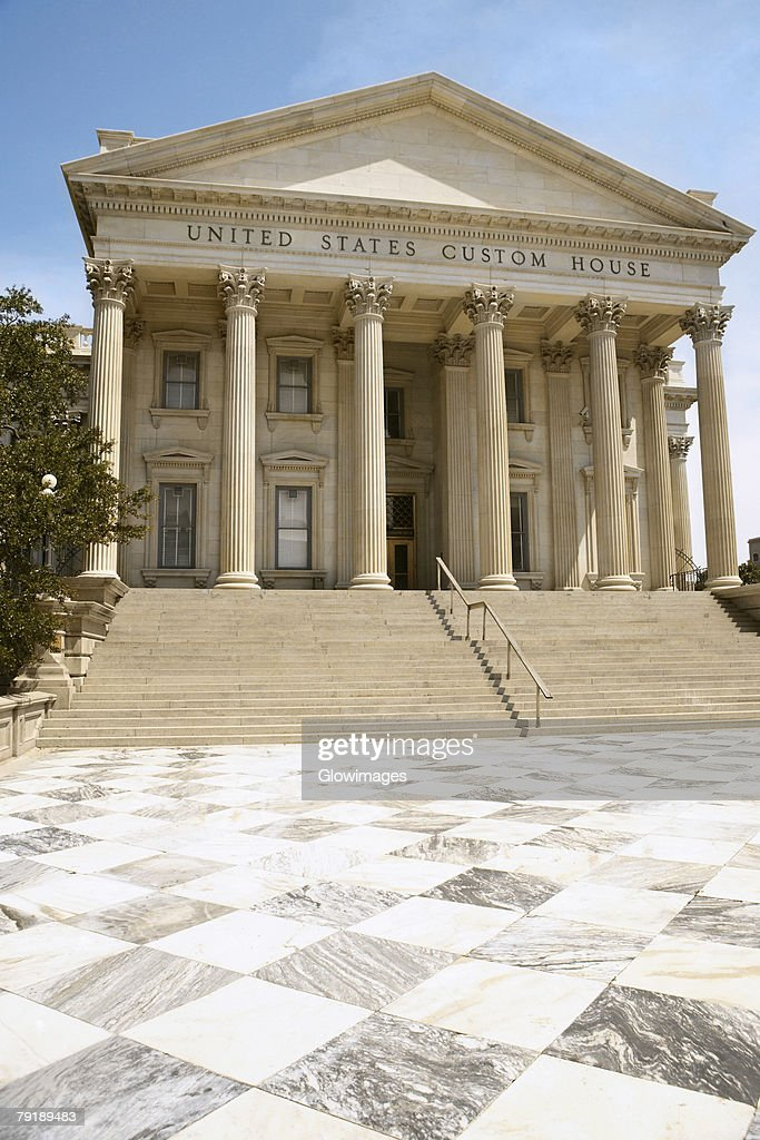 Low angle view of a government building, U.S. Customs House, Charleston, South Carolina, USA : Stock Photo