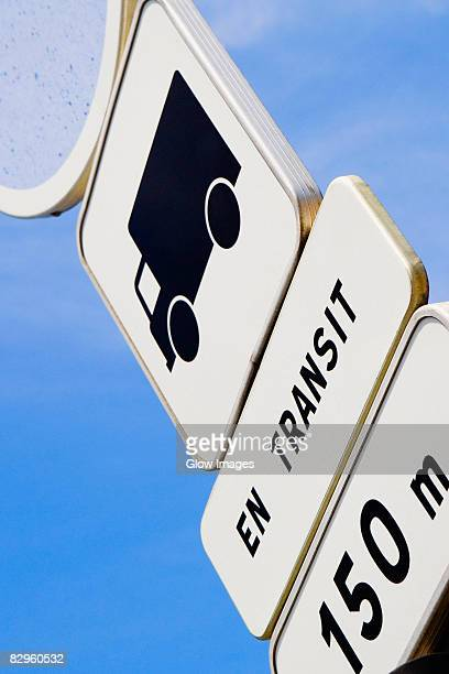 low angle view of a speed limit sign, le mans, france - sarthe stock pictures, royalty-free photos & images