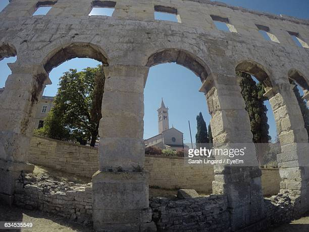 low angle view of amphitheater against sunny day - lingard stock photos and pictures
